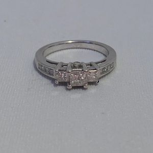 1 Carat 14k Solid White Gold Ring